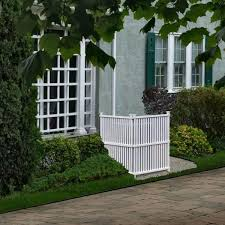 Zippity Outdoor Products 4 Ft H X 3 Ft W White Vinyl Privacy Screen 2 Pack Zp19008 The Home Depot