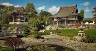the japanese garden sand and stone zen