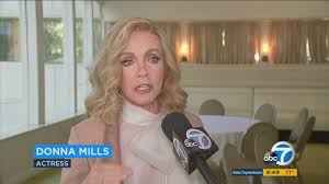 Actress Donna Mills reunites with 'Knot's Landing' pals, receives ...