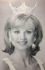 Teacher Files - About Mrs. Melinda - Wattpad
