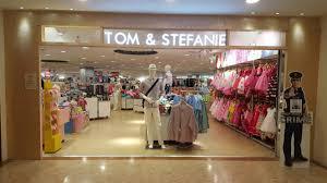 Singapore Service - Mother - Tom & Stefanie(West Mall) | Nestia