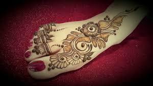 mehandi designs with leg