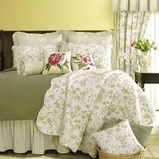 williamsburg brighton green toile quilt