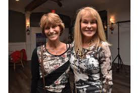 Longboat Harbour rings in the holidays - Wendy Jenkins and Gail Gilvey |  Your Observer