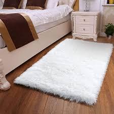 Amazon Com Yoh Modern Imitation Sheepskin Ultra Soft Silky Fluffy Area Rugs Fluffy Shag Rug For Living Room Bedroom Kids Room Floor 3 X 5 Feet White Home Kitchen