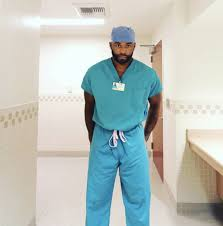 DestinationGreatness] Myron Rolle: From The NFL To Neurosurgeon | |  BlackDoctor | Page 2 | Nfl players, Rolle, Nfl