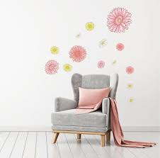Daisy Wall Decal Floral Wall Decal Gerbera Daisy Decal Flowers Decal In 2020 Floral Wall Decals Wall Decals Fabric Wall Decals