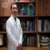 Dr. Luis Adrián Rendón Pérez: médico internista en Monterrey