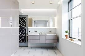 costs to add a second bathroom