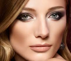 best everyday makeup for brown eyes and