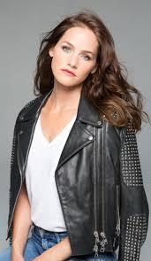 Kelly Overton (Creator) - TV Tropes
