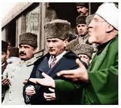Atatürk'ün Namaz Kılarken Fotoğrafı Yok Diyenlere Kapak ...