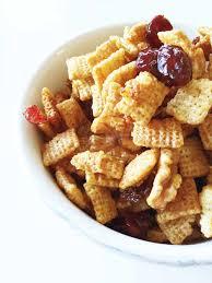 cranberry nut cinnamon chex mix