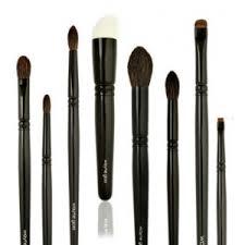 why wayne goss brush set not have brush