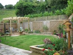 landscaping ideas for small rectangular