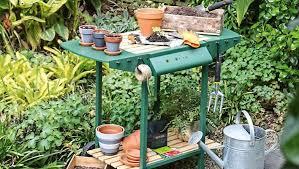 diy bbq upcycled to potting bench