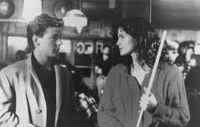 Still of Julia Roberts and Adam Storke in Mystic Pizza