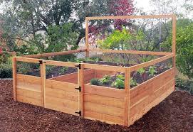Cedar Fenced Raised Garden Kit 8 X 8 Raisedbedgardenkits Com Diy Raised Garden Above Ground Garden Raised Bed Garden Design