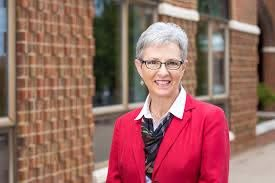 Twila Yoder retires after 19 years as assistant to EMU's presidents - EMU  News