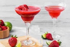 shaken strawberry daiquiri recipes