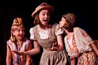 LOCAL THEATER: Â'Carnival' is a simple, soulful treat for the eyes, ears  and heart