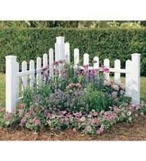 Corner Fence Garden Ideas Outside Pinterest Fence Landscaping Corner Landscaping Picket Fence Garden