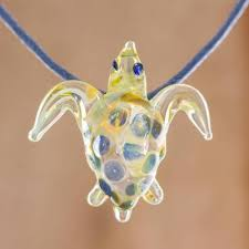 glass sea turtle pendant necklace