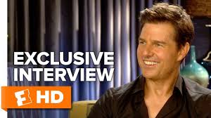 Tom Cruise Drops Trou - American Made (2017) Interview