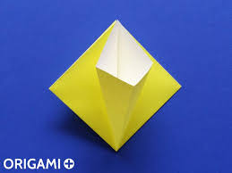 origami lily flower