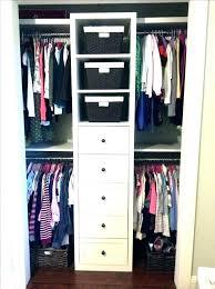 organizing a walk in closet on a budget