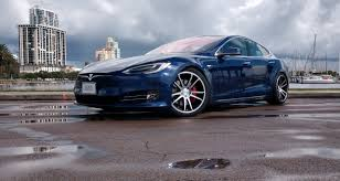 Tesla Model S P100D promotion helps ...