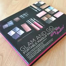 glam go portable make up palette