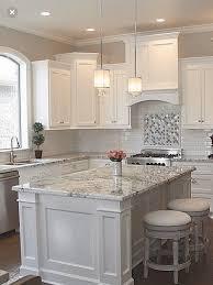 Pin by Myra Ellis on Kitchens | White kitchen design, Home decor kitchen,  Kitchen cabinet design