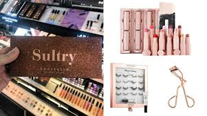 the hottest beauty gifts right now to