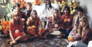 Dear)Prudence Farrow, sister of Mia opens about Beatles - Videomuzic