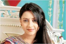 Lockdown: Unable to Arrange Fresh Flowers for Pratyusha Banerjee's Death  Anniversary, Parents Make Their Own Garland