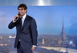 Ferrara eliminato ad Amici commuove e fa discutere: polemica web ...