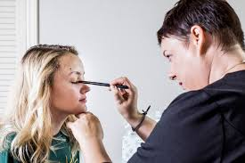 a makeup artist dishes on working in
