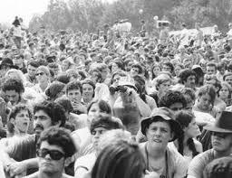 Woodstock celebrates festival | News | dailyfreeman.com