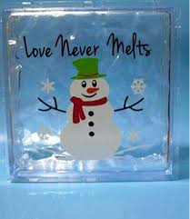 Amazon Com Strong689 6 X 6 Love Never Melts Snowman Christmas Decal Sticker For 8 Glass Block Shadow Box Kitchen Dining