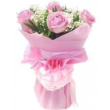 valentines 6 pcs pink roses in bouquet