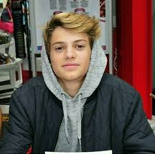 jace norman as henry hart from henry