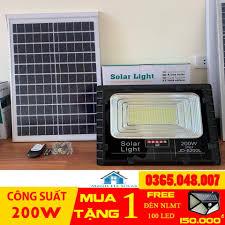 Đèn Led năng lượng mặt trời JD 8200L-200w BH 36 ( Tặng 1 đèn năng lượng 100  led )