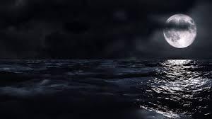 القمر على البحر The Moon On The Sea Youtube