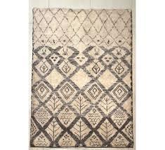 vine berber carpet at pamono