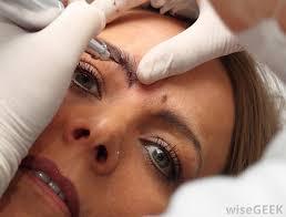 how do i choose the best false eyebrows