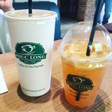 Nhiều cửa hàng thức uống ở TP.HCM vẫn sử dụng ly, ống hút nhựa ...