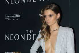 Abbey Lee Will Make You Want to Contour Your Sternum - Fashionista
