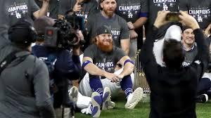 Justin Turner celebrates Dodgers' World ...