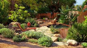 20 beautiful rustic home landscaping ideas